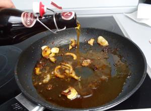 Lammfilet mit Rosmarinkartoffeln und Starkbiersoße - Schritt 3
