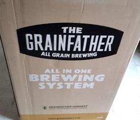 Unboxing und erster Eindruck: Grainfather Brauanlage